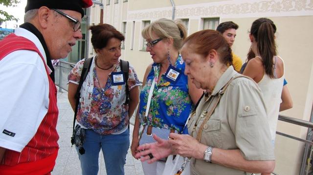 Un bon nombre de socis i simpatitzants de l'Ateneu van participar en aquest acte